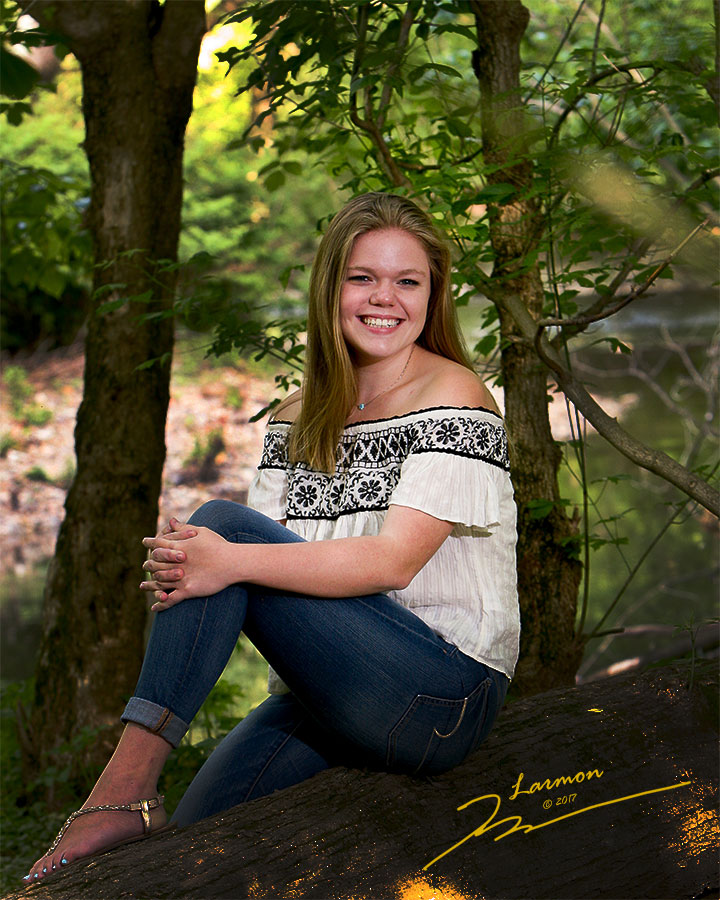 High School Senior Portraits by Larmon Studios
